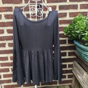 NWT American eagle soft charcoal bellsleeve blouse